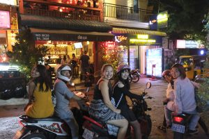 Placement students explore Phnom Penh